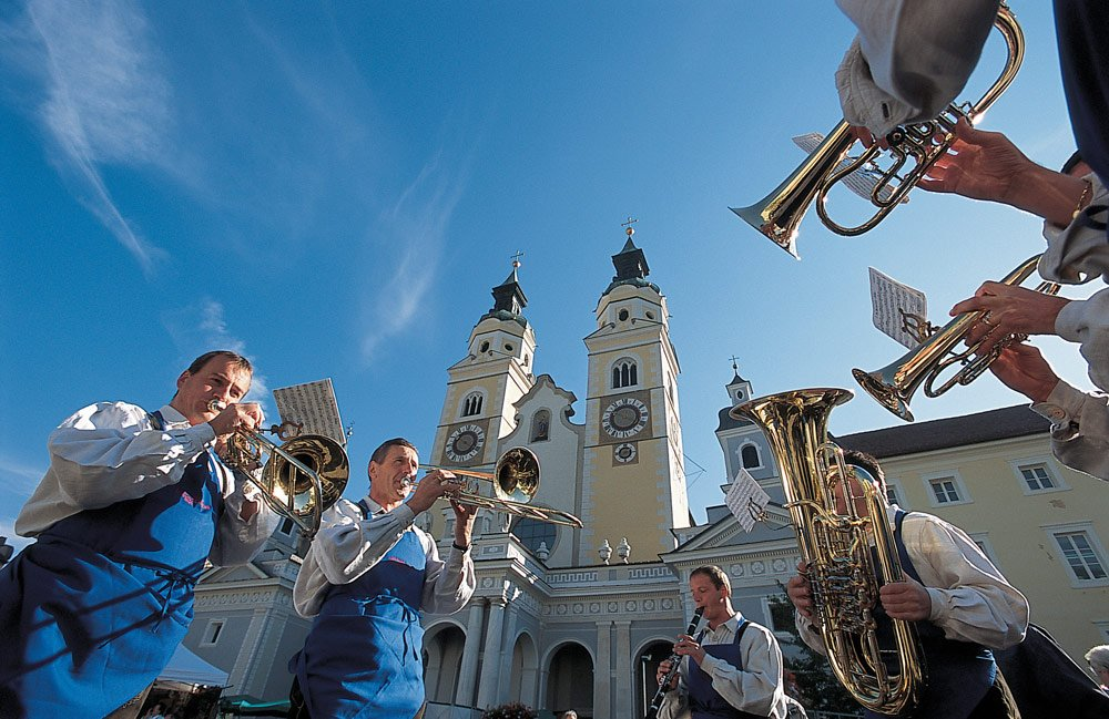South Tyrolean traditions in spring