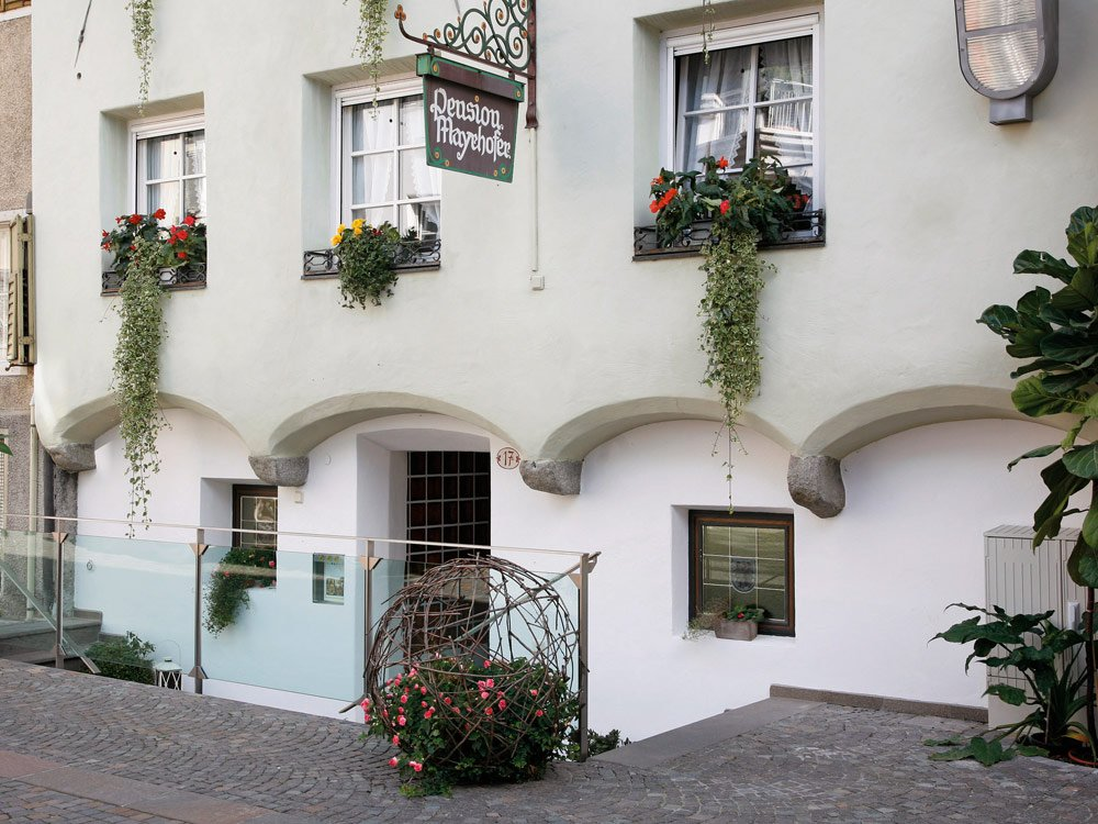 Pensione mayrhofer a bressanone vacanza in valle isarco for Hotel a bressanone centro storico